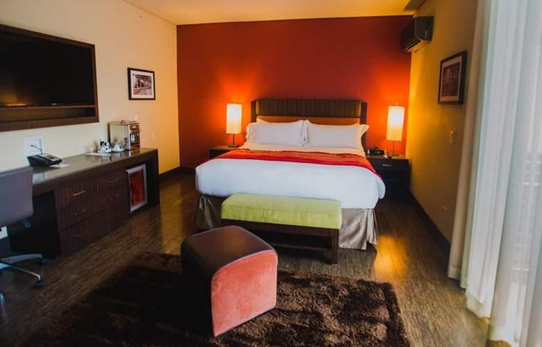 Sirtaj - Room - 6