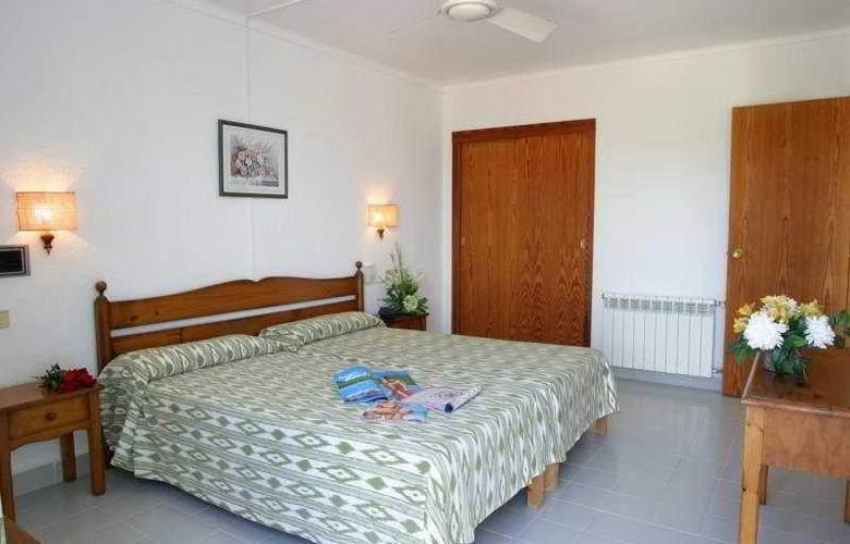 Cala Mandia Park - Room - 4