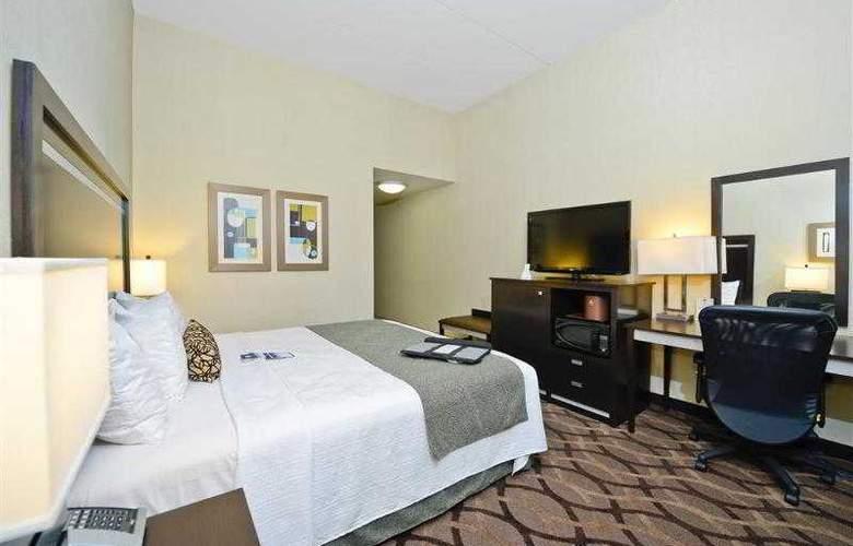 Best Western Plus Travel Hotel Toronto Airport - Hotel - 31