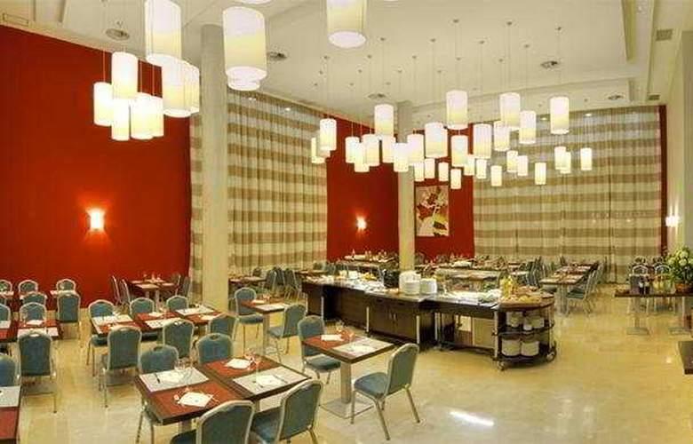 Avant Aeropuerto - Restaurant - 9