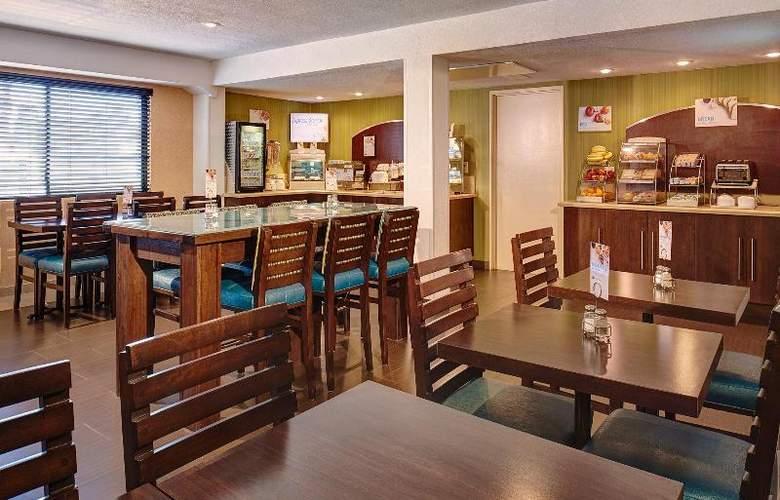 Holiday Inn Express San Diego South Bay - Restaurant - 14