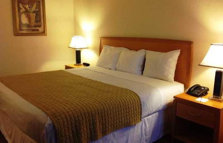 Ramada Kissimmee Downtown - Room - 0