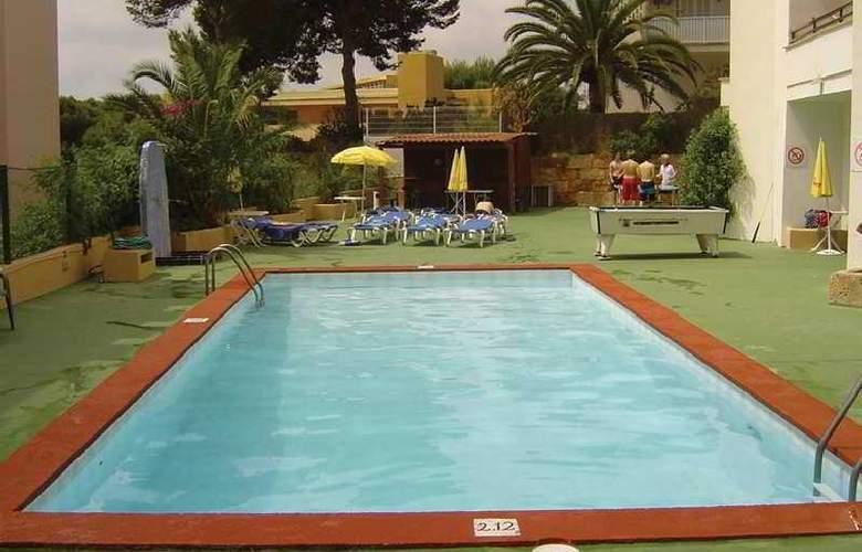 Marina Apartamentos - Pool - 6