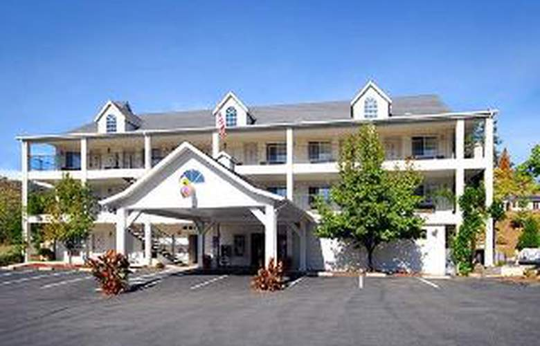 Comfort Inn Yosemite Valley Gateway - Hotel - 0