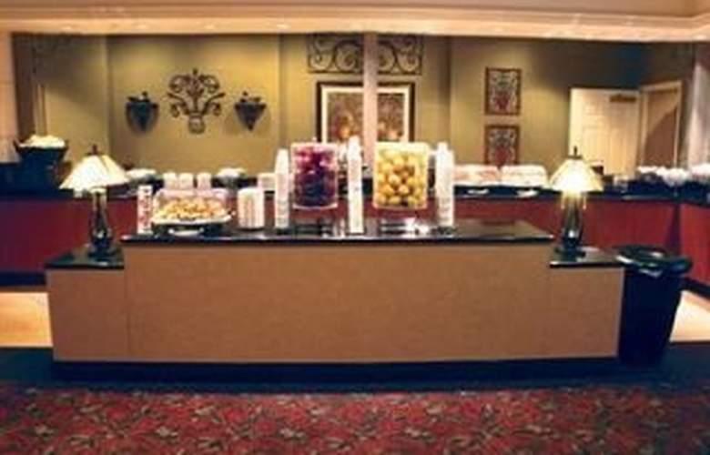 La Quinta Inn & Suites San Antonio Convention Cntr - Pool - 8