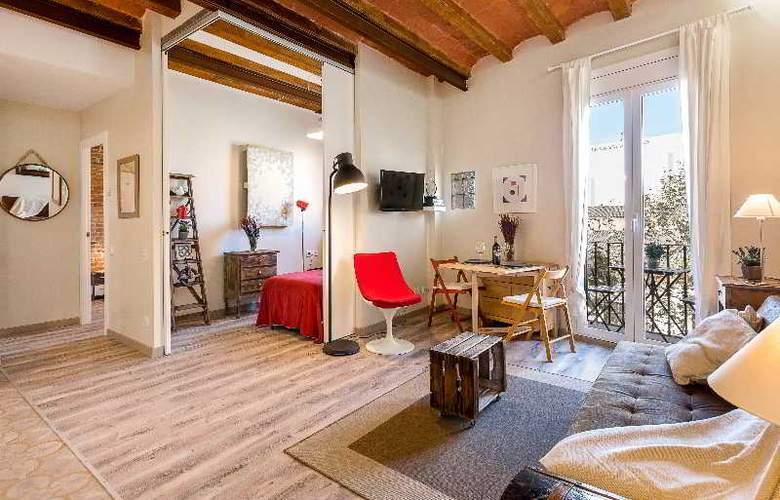Urban District - Vintage Suites - Room - 15