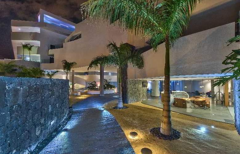 Baobab Suites - Hotel - 1