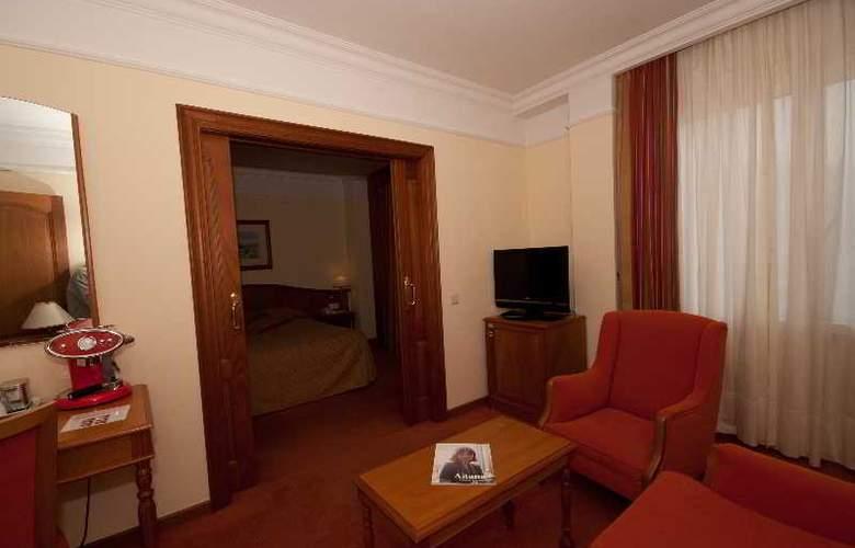 Hoyuela - Room - 21