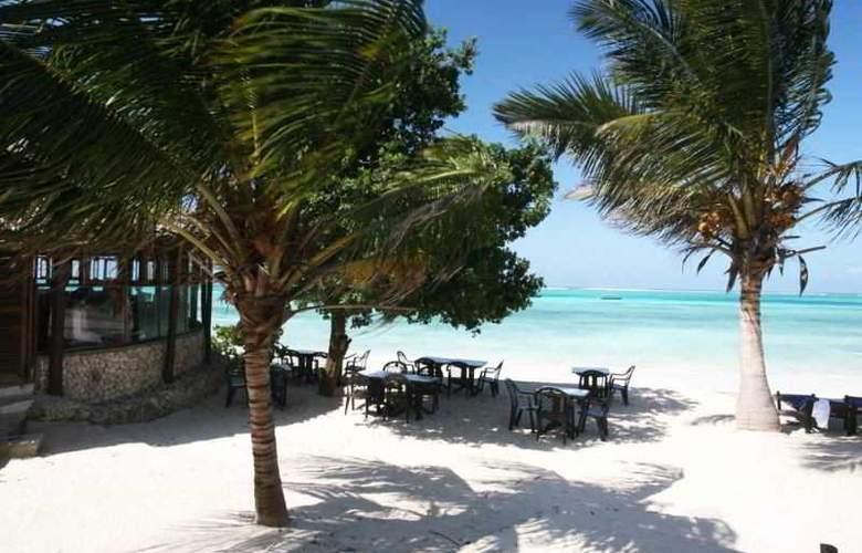 Karafuu Hotel Beach Resort - Terrace - 9