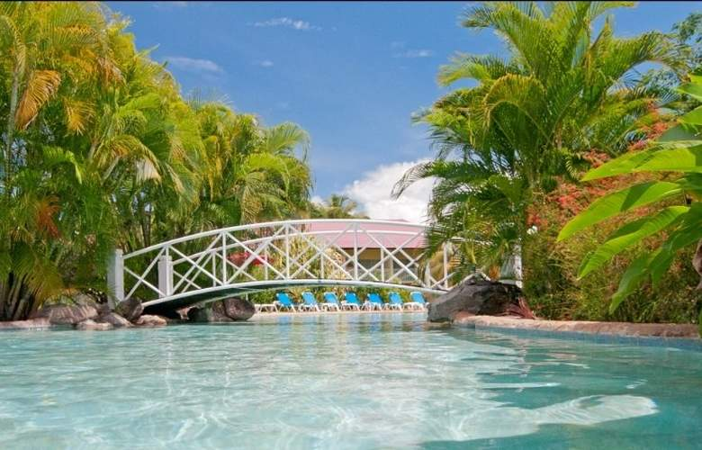 Radisson Grenada Beach Resort - Pool - 4