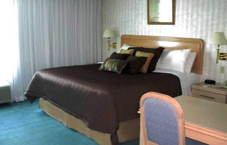 Rodeway Inn Fallsview - Room - 0