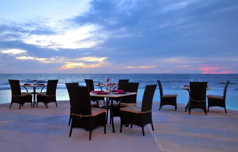 Crowne Plaza Resort Mazatlan - Restaurant - 8