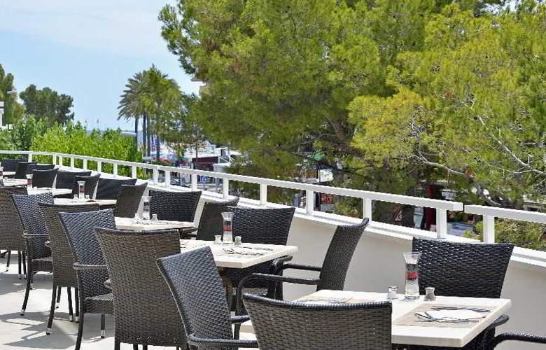 Sol Alcúdia Center Hotel Apartamentos - Terrace - 5