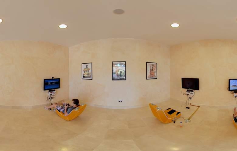 Hotel Suites Villa Maria - Hotel - 9
