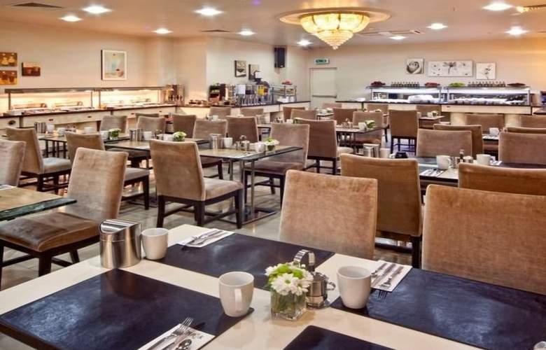 The Peak - Restaurant - 8
