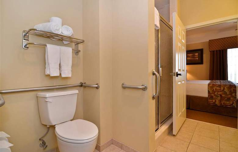 Best Western Plus Monica Royale Inn & Suites - Room - 130