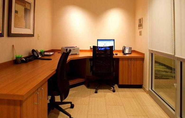 SpringHill Suites Tampa North/I-75 Tampa Palms - Hotel - 10