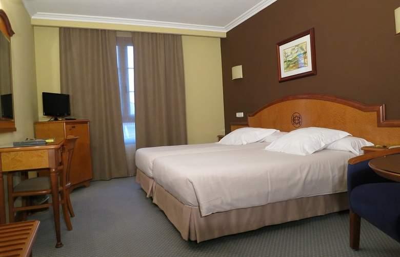 Hotel Sercotel Ciudad de Oviedo - Room - 7
