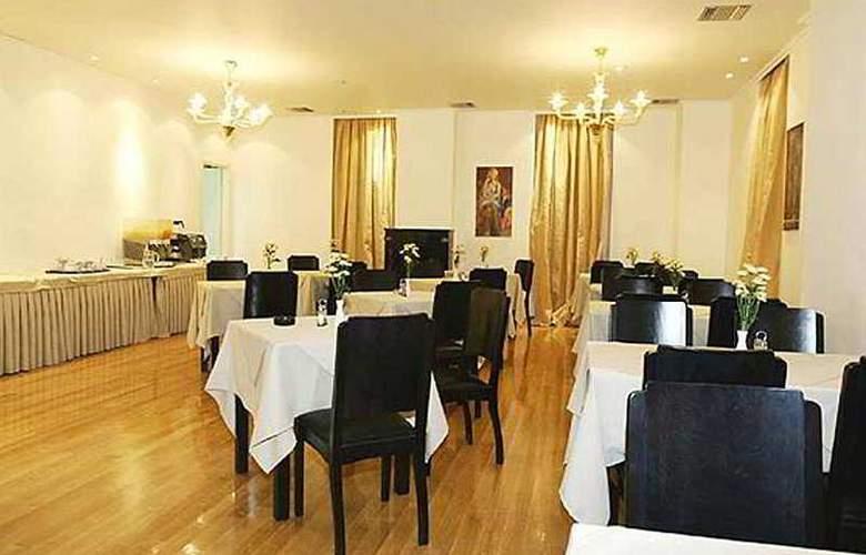 Art - Restaurant - 5