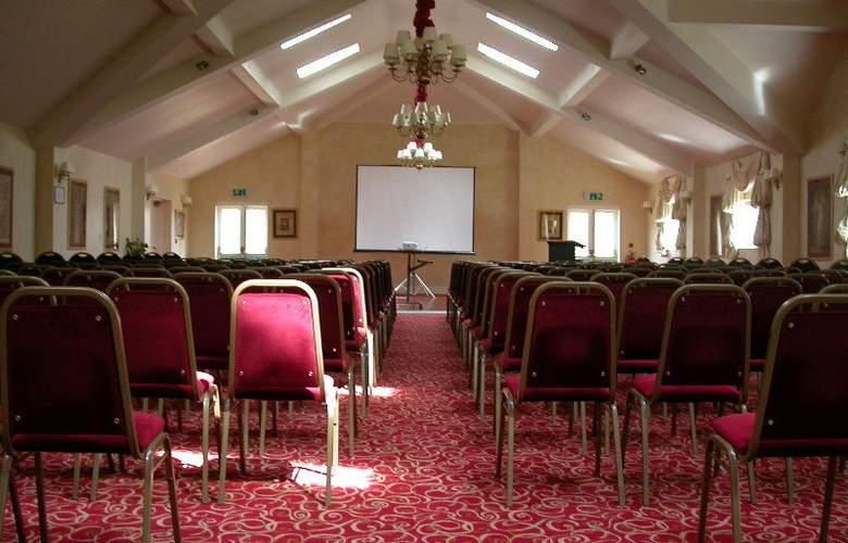 Ramada Resort Grantham - Conference - 7
