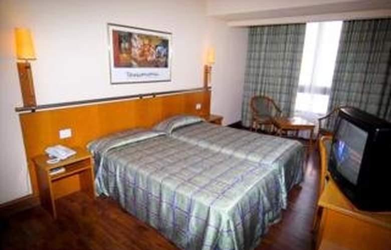 Astoria Hotel - Room - 3