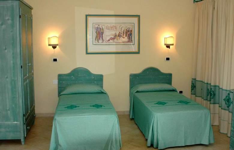 Club Torre Moresca - Room - 2