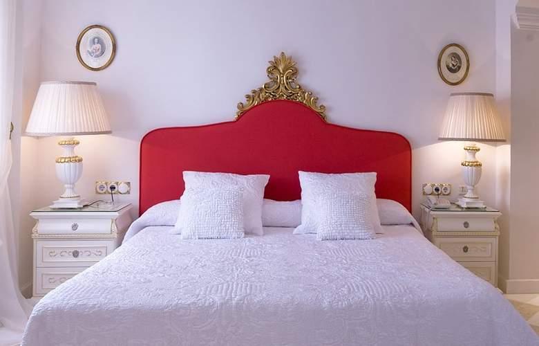 Artheus Carmelitas Salamanca Sercotel - Room - 11