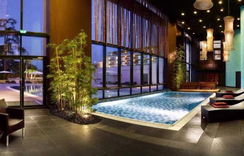 Hilton Evian-les-Bains - Pool - 6