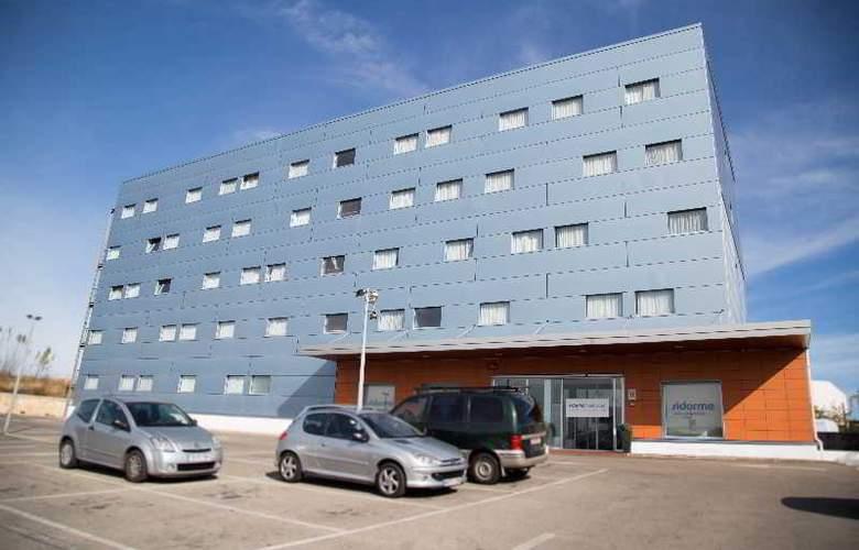 B&B Valencia Aeropuerto - Hotel - 0