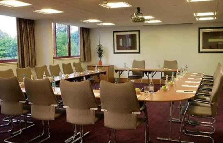 Swindon Marriott - Conference - 12