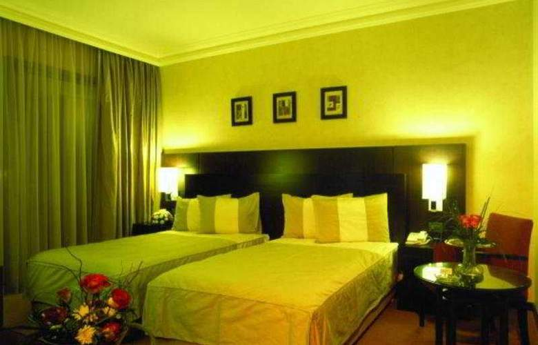 Ramada Plaza Beirut Raouche - Room - 2