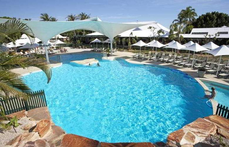 Cable Beach Club Resort & Spa - Pool - 3