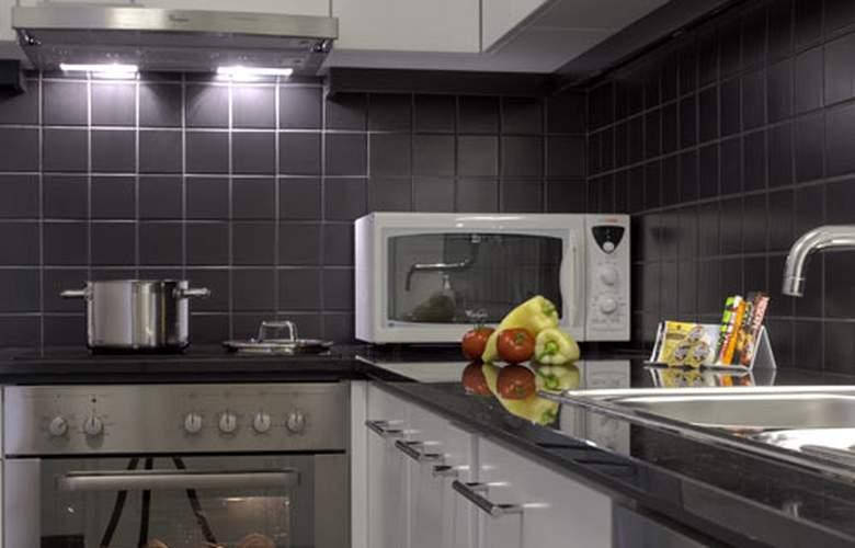 Adina Apartment Budapest - Room - 21