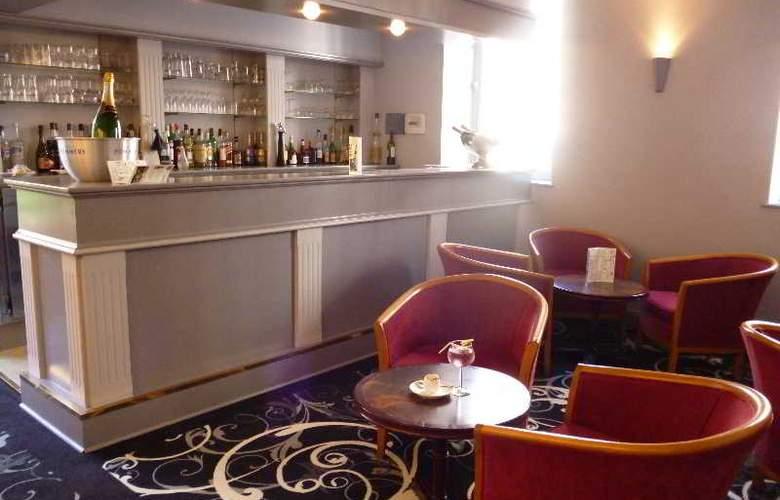 Du Brunville - Bar - 3