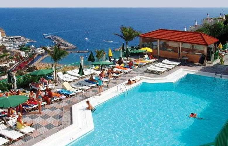 Monteparaiso - Pool - 7