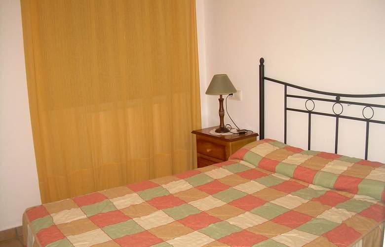 Apartamentos Biescas 3000 - Room - 4