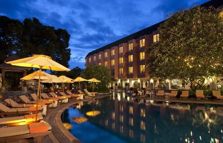 The Bayview Pattaya - Pool - 5