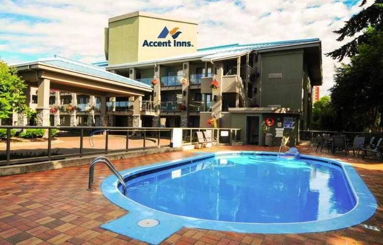 Accent Inn Kelowna - Pool - 4