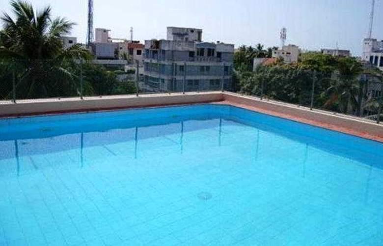 Raj Park - Pool - 3