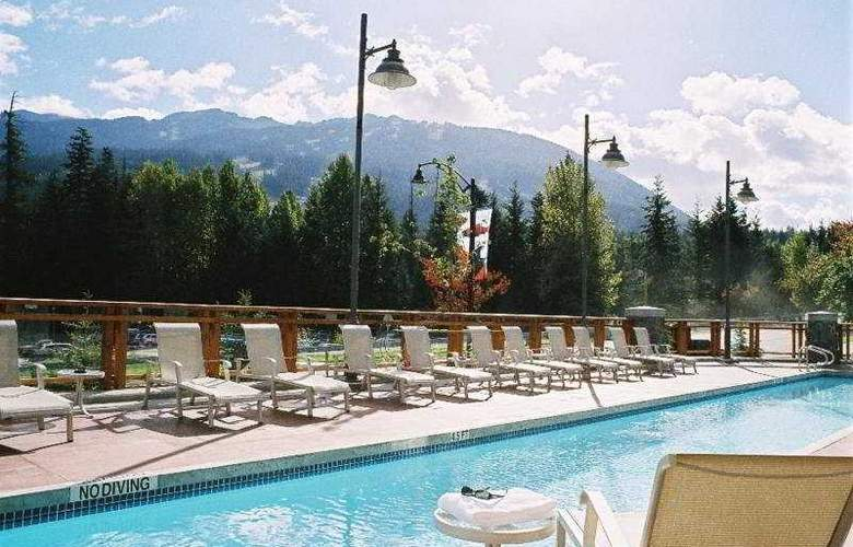 Pan Pacific Whistler Village Centre - Pool - 2