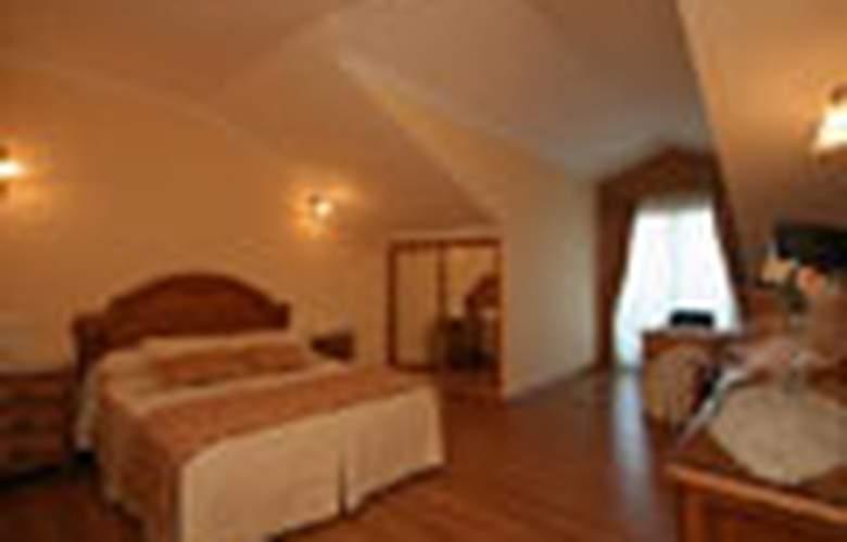 Alpina - Room - 0