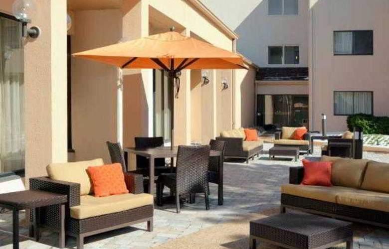 Courtyard Herndon Reston - Hotel - 3