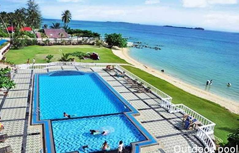 Bintan Agro Beach Resort & Spa - Pool - 4