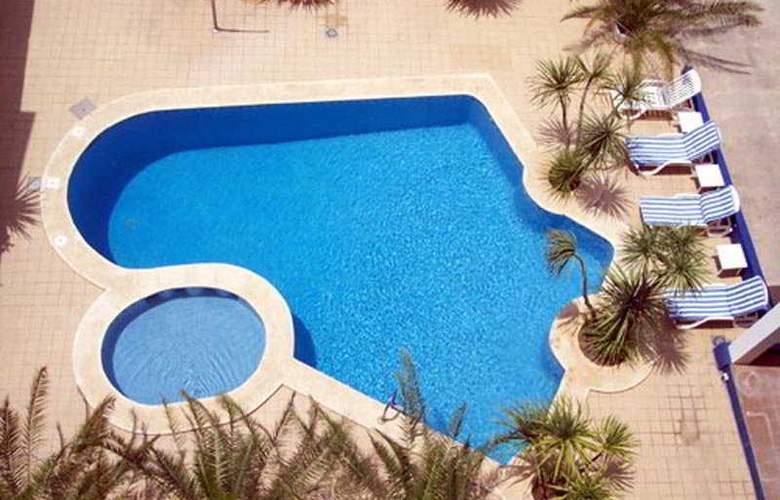 Jaime I - Pool - 2