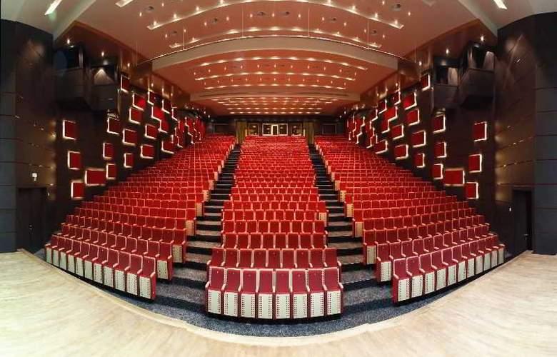 Green Park Hotel Pendik & Convention Centre - Conference - 9