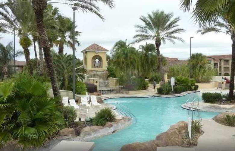 Regal Palms Resort Townhomes - Pool - 1