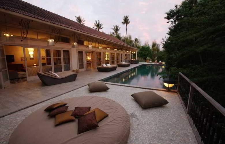 Villa Balquisse - Pool - 13