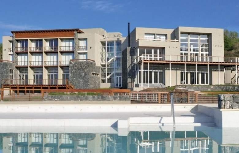 Tres Pircas - Hotel - 0