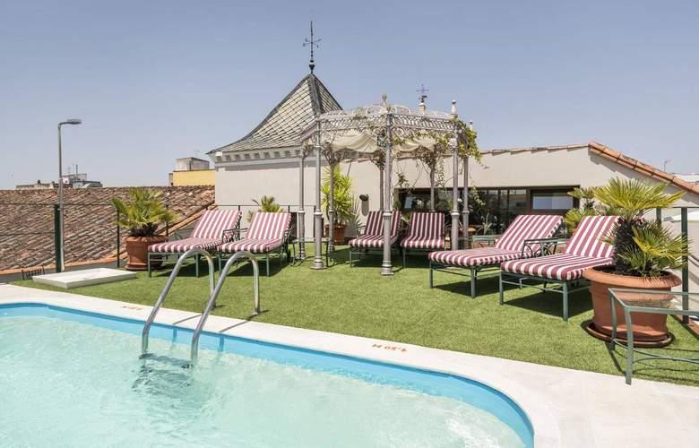 Ilunion Mérida Palace - Pool - 16