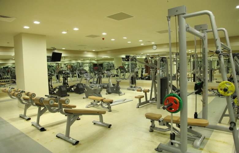 ISG Airport Hotel - Sport - 6